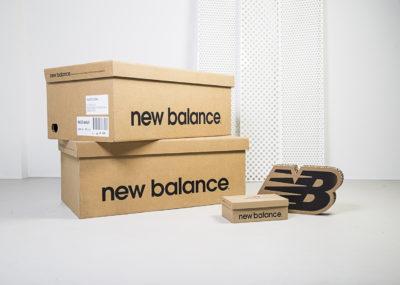 Decoración en cartón para New Balance - Portfolio tresatres