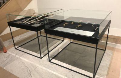Vitrinas de museo para el ayto pamplona