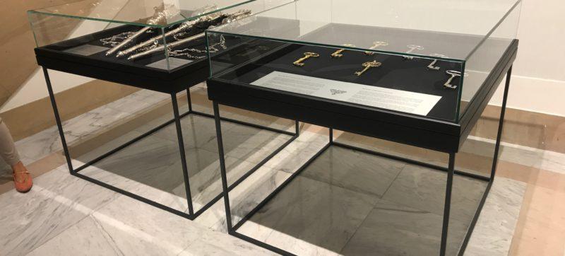 Vitrinas de museo para el ayto pamplona - Portfolio tresatres